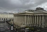 CAC 40 : La place parisienne accuse toujours le coup après l'escalade des tensions commerciales