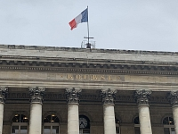 CAC 40 : La Bourse de Paris hésite après le plan d'aide dévoilé par Donald Trump