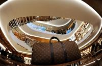 LVMH Moet Vuitton : Malgré le contexte difficile à Hong Kong, LVMH Moet Vuitton bat de nouveaux records en 2019