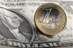 L'euro brièvement sous la barre des 1,40 dollar