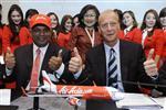 Airbus décroche une commande record d'airasia pour 200 a320neo