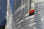 La crise de la dette contraint socgen à avertir sur son objectif
