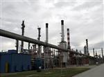 Les cours du pétrole terminent en hausse de plus de 3%