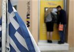 Les grecs retirent leurs économies des banques avec la crise