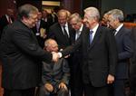 Europe : l'eurogroupe débloque l'aide de huit milliards à la grèce