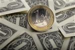 L'euro à un plus bas de 11 mois contre le dollar