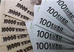 L'euro touche un plus bas de 10 ans contre le yen