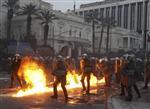 Violences en grèce avant le vote du plan d'austérité