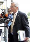 Jean-claude juncker reste à la tête de l'eurogroupe