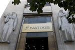 Le gain sur la dette limite le recul du profit de natixis