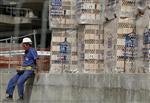 Marché : La contraction trimestrielle du PIB espagnol revue en hausse