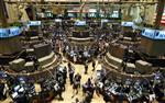 Wall Street : Wall Street ouvre en léger recul après l'emploi, les résultats