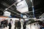 EADS va s'organiser en trois pôles et regrouper sa défense