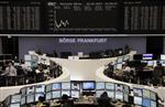 Europe : Les Bourses européennes perdent encore du terrain à la mi-séance