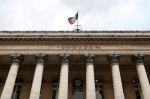 Les Bourses européennes restent hésitantes à mi-séance