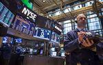 Wall Street : Wall Street ouvre en baisse avec l'Ukraine, Amazon et Ford