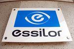 Essilor a accru ses ventes et voit une croissance de 10-12%