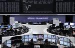 Europe : Les Bourses européennes stables à la mi-séance