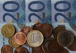 Europe : La BCE reste attentive au taux de change de l'euro, dit Draghi