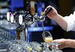 Marché : La Coupe du monde a dopé les ventes de bière d'AB InBev