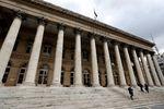 Europe : Les Bourses européennes débutent en léger recul
