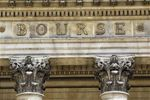 Havas et Bolloré suspendues, une OPE attendue selon Le Monde
