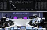 Europe : Les Bourses européennes en baisse à la mi-séance