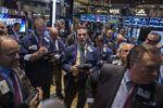 Wall Street : Wall Street ouvre étale après ses records de vendredi