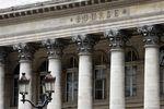 Marché : La Bourse de Paris accroît ses gains, touche les 4.400 points