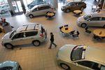 Nouvelle baisse des immatriculations de voitures neuves