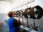 Marché : La production industrielle britannique retombe en octobre
