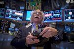 Wall Street : Wall Street hésite à l'ouverture faute d'indicateurs