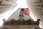 Wall Street : Wall Street ouvre en nette baisse avec Microsoft et Caterpillar