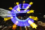 Europe : La croissance accélère dans le privé en zone euro, sauf en France