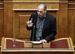 Marché : La Grèce va avoir besoin de restructurer sa dette, dit Varoufakis