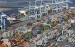Marché : Le déficit commercial américain se résorbe légèrement en janvier