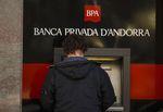Marché : Une banque d'Andorre plafonne les retraits sur fond de scandale