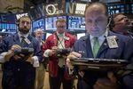 Wall Street : Le Dow Jones perd 0,72%, le Nasdaq prend 0,16%