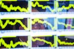 Europe : Ordre dispersé sur les marchés européens à la mi-séance