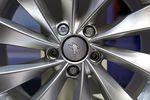 Michelin plus optimiste sur les matières premières et les changes