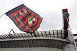 Marché : Silvio Berlusconi négocie la vente de 48% de l'AC Milan