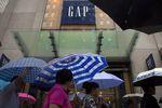 Marché : Gap pénalisé par le dollar fort et des retards de livraison