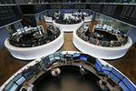 Europe : Les Bourses européennes accentuent leurs gains à mi-séance