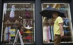 Marché : American Apparel sort du régime des faillites