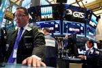 Wall Street : Le Dow Jones finit inchangé, le Nasdaq prend 0,61%