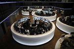 Les Bourses européennes peu changées vers la mi-séance