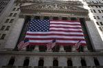 Wall Street : Wall Street ouvre en hausse, accalmie sur le front bancaire