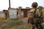 Marché : À quelques semaines de la fin de Sangaris, la France vigilante
