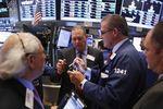 Wall Street : Wall Street grimpe, portée par le pétrole