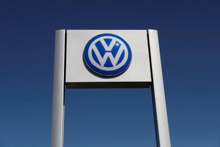 Marché: VW a vendu un record de 6,23 millions de voitures en 2017